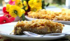 Ovesný koláč s jablky a řeckým jogurtem | FoodClub.cz