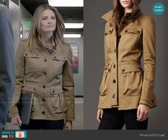 Beckett's khaki field jacket on Castle.  Outfit Details: http://wornontv.net/48627/ #Castle