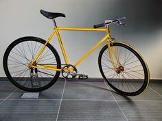 Yellow fixie