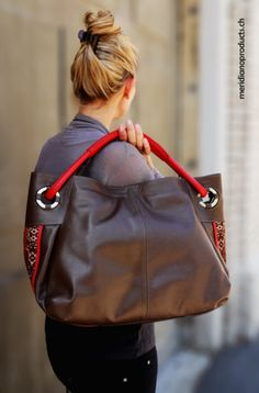 Limon Piel by merididanoproducts.ch Ladies Bags, Handmade Bags, Bourbon, Classic, Leather, Fashion, Home, Handmade Handbags, Red Leather