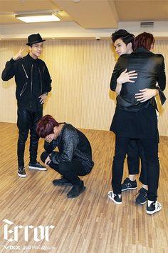 VIXX poor leader??XD hug him too! but i do ship keo actually i ship them all together xDDDD vixx is so shipable