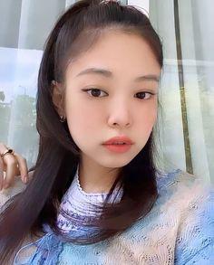 S Girls, Kpop Girls, Cute Girls, Pop Clothing, Blackpink Members, Black Pink Kpop, Cute Korean Girl, Blackpink And Bts, Korean Fashion Trends