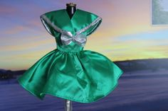 Barbie doll green & silver dress shiny fancy fun clothes (1/6 scale doll clothes, will fit Obitsu and Azone and be a little large on Blythe)