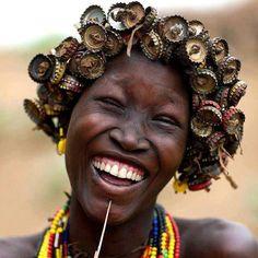 bottle caps into hair accessories - Repurposed Fashion | Trashion | Refashion | Upcycled Fashion