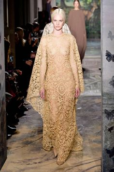 Valentino Spring 2014 Couture. Click through to see all of the best runway looks.