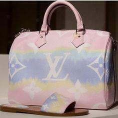 Louis Vuitton Fan Page ( Louis Vuitton Dress, Louis Vuitton Handbags, Louis Vuitton Speedy Bag, Purses And Handbags, Louis Vuitton Monogram, Leather Handbags, Brand Name Bags, Louis Vuitton Collection, Shoes
