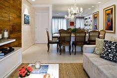 Decoração de: Sala de jantar - parede espelhada; Casa de Valentina