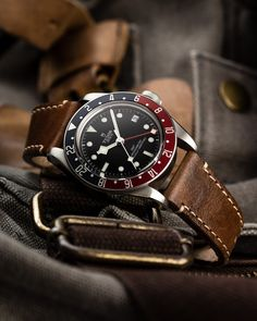 Tudor Heritage Black Bay, Tudor Black Bay, Rolex Watches, Watches For Men, Tudor Monarchs, Tudor Submariner, Watches Photography, Dream Watches, Watch Companies
