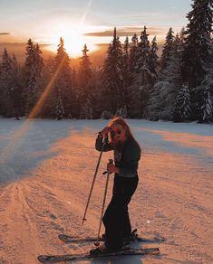this is me lol - Fotografie - Ski And Snowboard, Snowboarding, Ski Ski, Mode Au Ski, Winter Coffee, Ski Vacation, Ski Season, Insta Pictures, Winter Pictures