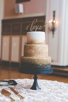 Navy and Gold Zingerman's Wedding Cake | Cake – Zingerman's Bakehouse | E Schmidt Photography | The Masonic Temple – Detroit, Michigan |