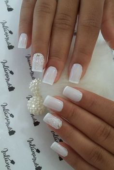 Elegant Look Bridal Nail Art Ideas On the wedding day all parts of the bride's body must be perfect, from the head to toes. The hairstyle that is in chic with the dress is very important, plus beautiful nails with a natural st… Gorgeous Nails, Love Nails, Pretty Nails, Fun Nails, French Nail Designs, Nail Art Designs, Nail Manicure, Nail Polish, Jolie Nail Art
