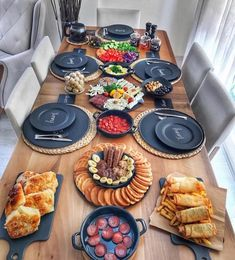 [New] The Best Recipes Today (with Pictures) - These are the 10 best recipes today. According to recipe experts, the 10 all-time best recipes right. Breakfast And Brunch, Breakfast Platter, Turkish Breakfast, Breakfast Presentation, Food Presentation, Iftar, Breakfast Around The World, Cuisine Diverse, Yummy Food