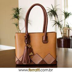 Já pensou qual bolsa vai usar este final de semana?  Seja qual for a escolha, use Ferratti! 🌐 www.ferratti.com.br 📌 Shopping Paralela: Together (2° Piso) 📬 Enviamos para todo Brasil 📲 (71) 98873-3023 WhatsApp 💌 atendimento@ferratti.com.br 💲Pagamento pelo PagSeguro