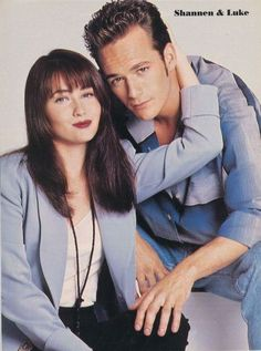 Beverly Hills 90210, Luke Perry 90210, Shannon Dorothy, Grey's Anatomy Wallpaper, Brandon Walsh, Hollywood Forever Cemetery, Jennie Garth, Shannen Doherty, Female Fighter