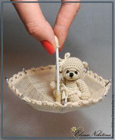Amigurumi tiny crochet teddy bear by Elena Nikitina. Bunny Crochet, Crochet Teddy, Crochet Amigurumi, Cute Crochet, Amigurumi Doll, Crochet Animals, Crochet Crafts, Crochet Dolls, Crochet Projects