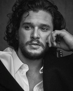 Game Of Thrones Jon Snow (Kit Harington) Kit Harrington, Jon Snow, Cameron Dallas, Kit And Emilia, Iwan Rheon, Game Of Thrones, King In The North, Fantasy Male, Winter Is Coming