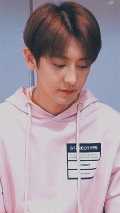 chanyeol live lockscreen ㅡ 200219 Baekhyun, Exo Kokobop, Park Chanyeol Exo, Kpop Exo, Chansoo, Chanbaek, Rapper, Kai, Exo Lockscreen
