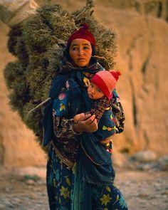 Africa | Peasant woman, Morocco | © Jim Zuckerman