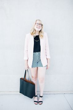 blush and black are a killer combo no matter the season // Forever 21 blush blazer, Anthropologie black and white patterned shorts, Sam Edelman Trina sandals, and Old Navy reversible tote