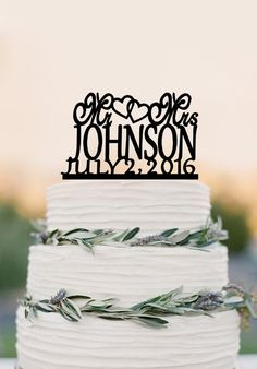 Modern Mr and Mrs Last Name Heart Wedding Cake Toppers with Date, Pers – DokkiDesign