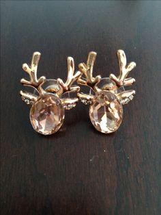 Darling crystal reindeer earrings http://rstyle.me/n/pyh6rnyg6