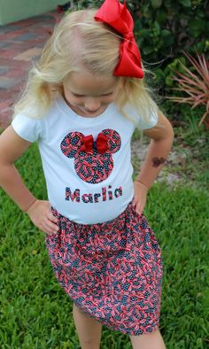 Minnie Mouse Patriotic Skirt and shirt set by girliebowsgalore, $25.00