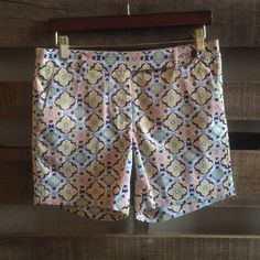 "FLASH SALE NWT Jade preppy kaleidoscope shorts These shorts are amazing, silky soft with plenty of structure. I haven't worn them yet so they have to go! Size small or a 4. Would look beautiful with Aqua, pink or navy top. *downsizing, everything must go! Bundles of 2+ items get an automatic 20% off! open to reasonable offers through the ""make an offer"" feature only. no trades or paypal. I can usually ship next day! Jade Shorts"