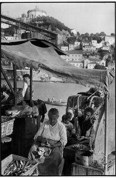 Henri Cartier-Bresson, 1955 Porto. https://www.magnumphotos.com