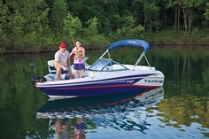 The TAHOE® 450 runabout boat features a Mercury® outboard, Minn Kota® trolling motor and aerated livewell with comfort features to provide ski-and-fish functionality in a nimble package. Runabout Boat, Pontoons, Mercury Outboard, Trolling Motor, Boat Stuff, Pontoon Boat, Fishing Boats, Skiing, Bow
