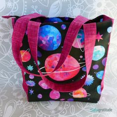 Learn to Make a DIY Cosmic Diaper Bag with this Easy Zipper Hack | Spoonflower Blog
