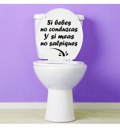 Vinilo barato decorativo original y divertido. Si bebes no conduzcas y si meas no salpiques Wc Decoration, Motivational Phrases, Ideas Para Fiestas, Cafe Bar, Home Renovation, Marketing, Coffee Shop, Bakery Store, Wall Decals