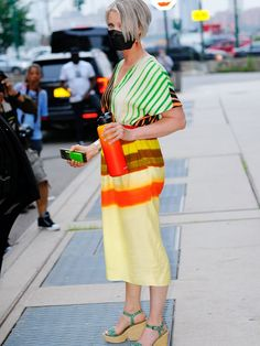 Terry De Havilland, Hippie Braids, Givenchy Top, Gossip Girl Reboot, City Outfits, And Just Like That, Carrie Bradshaw, Summer Trends, Who What Wear