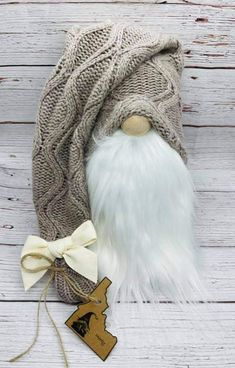 Diy Laine, Scandinavian Gnomes, Christmas Gnome, Elves, Diy Art, Fairy, Diy Crafts, Craft Ideas, Quilts