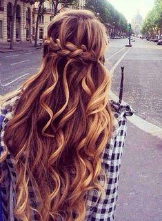 25+ Lady Penteados Para Cabelos Longos  #CabelosLongos #lindopenteado #longos #longospenteados #penteados