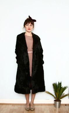 black faux fur coat / 60s belted overcoat / by aLaPlageVintage