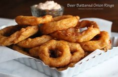 Melissa's Southern Style Kitchen: Beer Battered Onion Rings