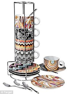 Missoni cups & plates, compact for dorm storage #waterpikgiftsforgrads