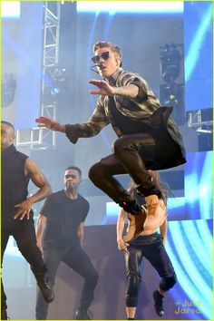 Justin Bieber's full performance video from KIIS FM's 2015 Wango Tango held at StubHub Center on Saturday evening (May 9) in Los Angeles