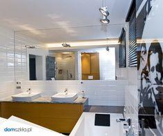 Szkło kolorowe, szkło laminowane, fototapeta, łazienka. Bathroom, wall.