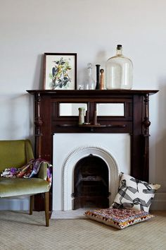 gorgeous little fireplace