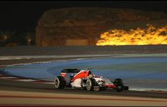 #98 Roberto Merhi...Manor Marussia F1 Team...Marussia MR03B...Motor Ferrari 059/3 V6 t h 1.6...GP Bahrein 2015