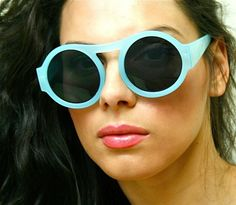 Vintage Retro Turquoise Plastic Round Frame Dark Lenses Womens Sunglasses Shades