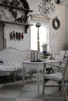 VINTAGE HOME DECOR on Pinterest Shabby chic Daybeds
