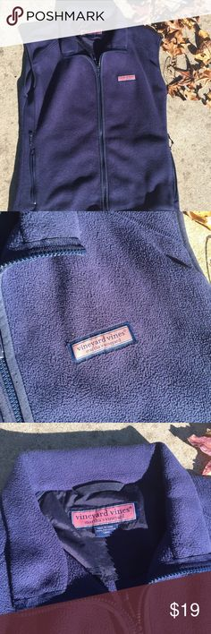 "Vineyard Vines Authentic fleece Vest - Men's S/M A little warmth goes a long way. Throw on our men's fleece vest for an extra layer on those cooler days. Original size L, but has been tailored to be a slim M. Sizing. Medium height male 5'7"" to 5'11"" and weight up to 170lbs. 100% polyester. GREAT condition. No stains. No smells.  Features: · Signature pulls · Signature label on chest · Embroidered whale on back neck · Imported Vineyard Vines Jackets & Coats Vests"