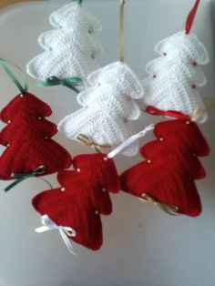 Christmas ornaments/ Crochet decorations/ Christmas tree/ Cotton crochet/ Christmas puffy trees by Vintagespecialmoment on Etsy
