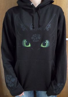 Toothless How to Train your Dragon Night Fury Kids Hoodie - Kids' Clothing How To Train Dragon, How To Train Your, Toothless Hoodie, Toothless Dragon, Toothless Pattern, Dragon Hoodie, Mode Alternative, Preteen Fashion, Httyd