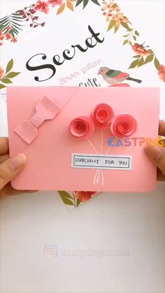 Cool Paper Crafts, Paper Crafts Origami, Creative Crafts, Easy Crafts, Cute Origami, Origami Easy, Simple Gifts For Friends, Diy Gifts For Christmas, Diy Crafts For Girls