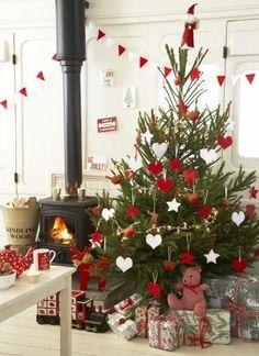 Red & White Christmas Decor