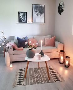cozy living room design for small apartment with the best space saving id. cozy living r Ikea Living Room, Small Living Rooms, Living Room Furniture, Living Room Ideas Small Apartment, Small Living Room Designs, Girls Apartment, Moving Furniture, Furniture Covers, Studio Apartment