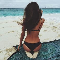 The best kind of beach blankets. Mandala beach tapestry - perfect for Sayulita.